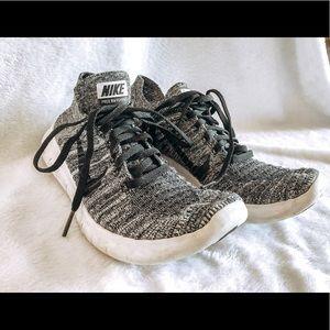 Nike Free Rn Flyknit size 6.5